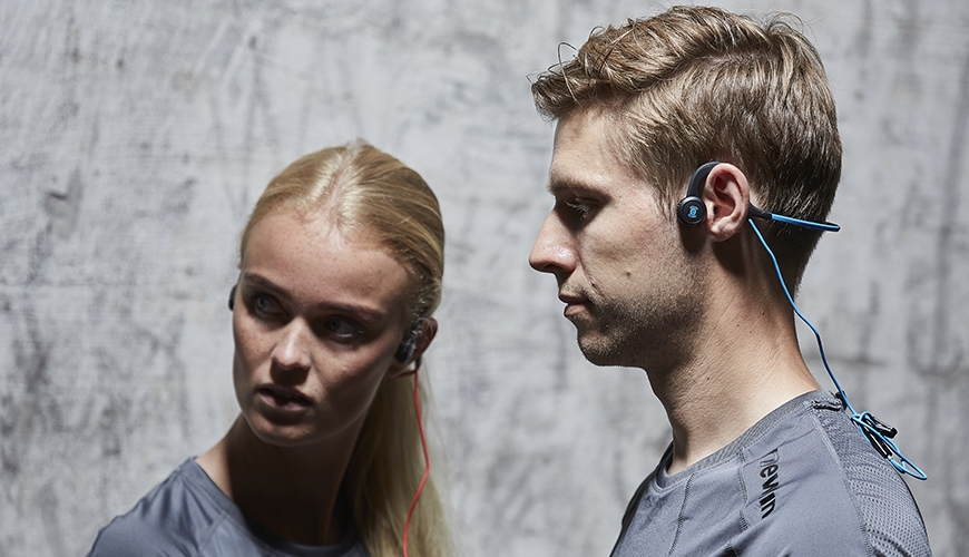 Aftershokz open-ear hodetelefoner